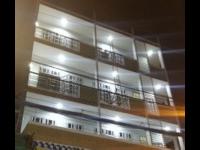 Khách hàng lắp hệ thống đèn NLMT cho phòng trọ tối tự mở - sáng tự tắt